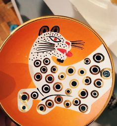Rawr. Waylande Gregory at a calypso sample sale ❤️😽 #pottery #illustration #leopard #waylandegregory #calypso
