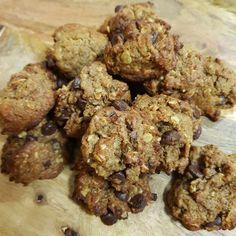30 Second Lunchbox Oat Slice Cookies Gluten Free, Healthy Cookies, Sin Gluten, Food For Breastfeeding Moms, Oat Slice, Apple Scones, Anzac Biscuits, Kolaci I Torte, Good Food
