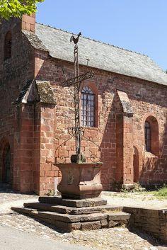 Collonges-la-Rouge ~ Limousin ~ Corrèze ~ France ~ La Chapelle des Pénitents Noirs