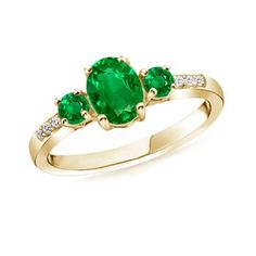 Angara Oval Three Stone Emerald Engagement Ring with Diamonds in Yellow Gold qpwrK