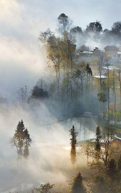 Yun Wu (Cloudy & Foggy) Villa, China 雲霧山莊