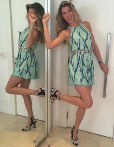 Elle est le mannequin le mieux payé du monde, celle que tout le monde de la mode s'arrache. Gisele Bündchen est une femme d'affaires à la tête d'une fortune colossale.  http://www.elle.fr/Mode/Les-news-mode/Autres-news/Gisele-Buendchen-decouvrez-son-salaire-mirobolant-2734209