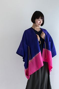 Kisaragi Poncho Linen ArimatsuTie Dye Navy and Fuschia $135.50 #shibori #kimono #sousousf
