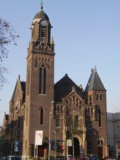 Remonstrantse Kerk aan de Westersingel Het ontwerp voor het enige Rotterdamse Jugendstil kerkgebouw is van de architecten Jacobus Pieter Stok (1862-1942) en Henri Evers (1855-1929). Evers ontwierp later overigens ook het Stadhuis.