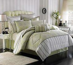 Laura Ashley Holbeck 6-Piece Queen Comforter Set