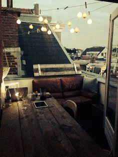 33 Awesome Rooftop Deck Lighting Ideas for Outdoor Living Outdoor Spaces, Outdoor Living, Outdoor Fire, Interior And Exterior, Interior Design, Interior Balcony, Decoration Inspiration, Deco Design, Home And Deco