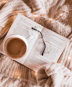 Instagram Look, Book Instagram, Photo Instagram, Cream Aesthetic, Brown Aesthetic, Flat Lay Photography, Coffee Photography, Wallpaper Aesthetic, Aesthetic Backgrounds