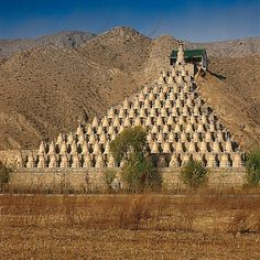 Little is known about these 108 dagobas, (or stupas) similar in shape to the classic Tibetan stupa, which stand like bowling pins facing the Yellow River... Located in Qingtongxia, south of Yinchuan in northwest China's Ningxia Hui Autonomous Region.  They were already a mystery during the Ming dynasty when they were known as the 'ancient pagodas', or 'gu ta' in   Chinese.  The complex is a cenotaph for Buddhism, as the number 108 is a Buddhist number meant to represent all the mistakes…