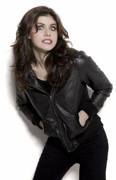 Alexandra Daddario - 64 fotoj