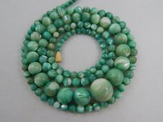 """Vintage Art Deco Era Graduated Mother Of Pearl Round Bead Necklace 30"""""""
