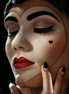 maquillage artistique professionnel pour les filles artistes