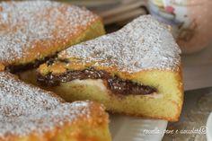 La torta cremosa ricotta e nutella e' facilissima, si cuoce in poco e si prepara velocemente. Seguite le mie istruzioni e vedrete come verra' perfetta!