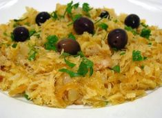Bacalhau in Brás: a Portuguese specialty Pot of the world Portuguese Recipes, Russian Recipes, Filipino Recipes, Greek Recipes, Fish Recipes, Meat Recipes, Cooking Recipes, Healthy Recipes, Portuguese Food