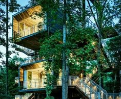 Treehouse in West Virginia