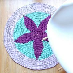 alfombra de trapillo estrella violeta y verde