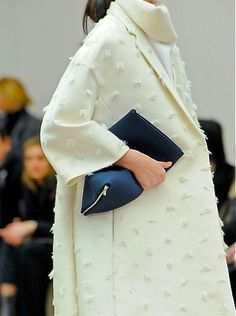 LUXURIA BLOG: Dreamy Cream - I am a firm believer in keeping things beautifully simple. Sometimes luxe textures are all you need :-) #Fashion #Style #Luxury #Blog #Jacket http://luxuria-jewellery.blogspot.co.uk/2015/11/dreamy-cream.html