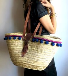 Boho Style / Hippy Chic / Tote Bag / Hecho a mano / Made in Spain / Straw Bag Style Hippy, Boho Style, Beach Basket, Diy Tote Bag, Ibiza Fashion, Basket Bag, Summer Bags, Handmade Bags, Basket Weaving