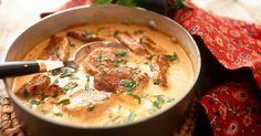 Fläskfilégryta från franska Alsace som får riktigt god smak av vin, senap och ost. Enkel, snabb och god favorit!