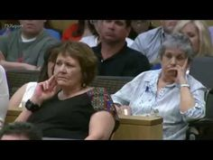 Jodi Arias' Grandmother's Middle Finger Points in the Direction of Prosecutor Juan Martinez - YouTube