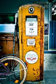 #Gdansk, stacja de luxe club, Vintage gas by Magna Ferreira, via 500px