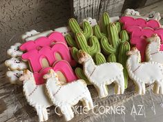 Llama and cactus party Lama und Kakteenparty Baby Shower Food For Girl, Baby Shower Desserts, Baby Shower Cookies, Llama Birthday, Girl Birthday, Birthday Treats, 1st Birthday Parties, Birthday Cake, Fiestas Party