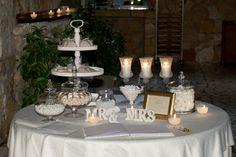 ΤΡΑΠΕΖΙ ΕΥΧΩΝ Wedding Gifts, Wedding Ideas, Wedding Decorations, Table Decorations, Gift Table, Confetti, Table Settings, Marriage, Bride