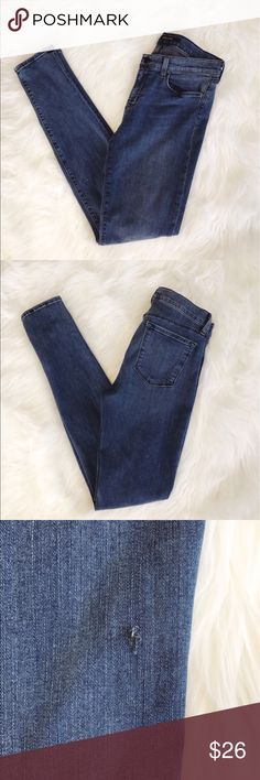 "• J. brand • Super Skinny Jeans - J. Brand  - super skinny  - color rumor  - size 28  - small flaw pictured (not a hole)   - rise 9""  - inseam 30 - Excellent Condition J Brand Jeans Skinny"