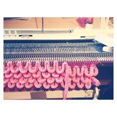 #looping again #OopsLoops #tricot #knit #knitting #knitwear #knitdesigner #texture #textil #knittingmachine #machineknitting #handmade #handknitting #knittingproject #fashion #fashionstudent #knittinglove #knittingaddict