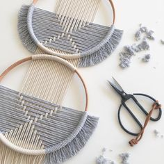Macrame - GOODMORNING▪ Made this piece for a costumer, 2 hoops and a ligth grey 🖤the simplicity lovewhatyoudo circles studionom… Macrame Art, Macrame Knots, Macrame Mirror, Macrame Design, Macrame Curtain, Weaving Projects, Macrame Projects, Macrame Patterns, Loom Weaving