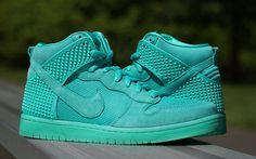 "Nike Dunk High ""Green Glow"" | BUILD & DESTROY..."
