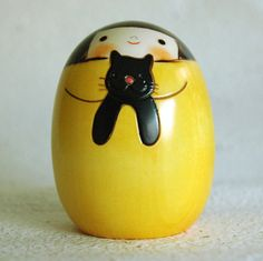 kokeshi with black Cat