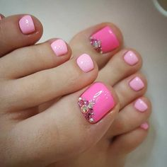 Easy Pink Pedicure with Rhinestones