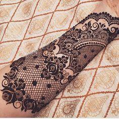 Lace Henna by @PromysHennaCavern. Love it!!