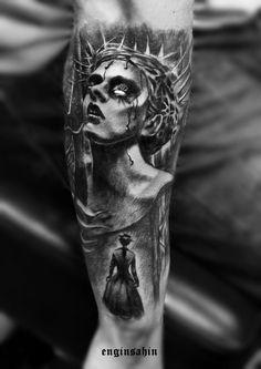 courage - loneliness - travel - tattoo art - dövme sanatı - engin sahin - taksim - realistic tattoo - portrait