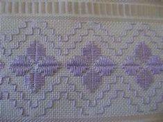 Risultati immagini per toalhas de lavabo bordadas