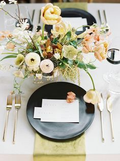 La Tavola Fine Linen Rental: Tuscany Natural with Velvet Curry Napkins | Photography: Elizabeth LaDuca, Planning & Styling: Nous NY, Florals: Studio Imbue, Venue: Marlow & Sons The Castle, Rentals: Party Rentals LTD, Paper Goods: Paper Paper Co.