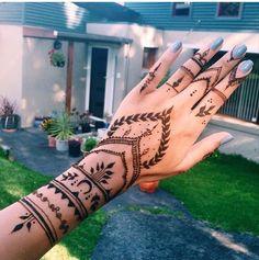 100 Best Ideas: Henna Tattoo For Girls 100 Best Ideas: Hen . - 100 best ideas: henna tattoo for girls 100 best ideas: henna tattoo for girls - 16 Tattoo, Tattoo Henna, Henna Mehndi, Henna Art, Mandala Tattoo, Mehendi, Indian Henna, Henna Mandala, Tattoo Art