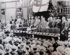 A royal visit by the Duke and Duchess of York (later to become King George VI and Queen Elizabeth) to Dannevirke on March Duchess Of York, Duke And Duchess, People Dont Like Me, Peter Townsend, Separation And Divorce, Biographer, Most Beautiful Eyes, Second Wife, Three Daughters