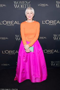 The actress debuted her sleek new hair-do at the L'Oreal Paris Canadian Women of Worth Awards Gala at the King Edward Hotel in Toronto on Thursday.