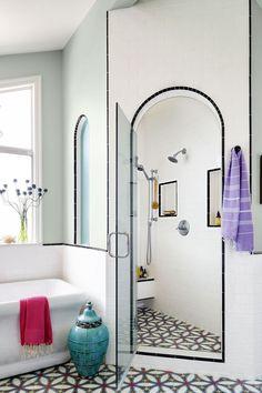 Unique Bathroom Floor Tiles Ideas For Small Bathrooms You Should Try 30 Bathroom Tile Design Ideas Tile Backsplash And Floor Designs within Unique Bathroom Floor Tiles Ideas For Small Bathrooms You Should Try Beach House Bathroom, Bohemian Bathroom, Bathroom Floor Tiles, Cozy Bathroom, Bathroom Vintage, White Bathroom, Bad Inspiration, Bathroom Inspiration, Best Bathroom Designs