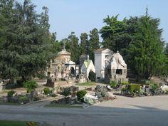 Cementerio Fotografía: Rebeca Pizarro Taj Mahal, Mansions, House Styles, Building, Travel, Home Decor, Hu Ge, Cemetery, Castles