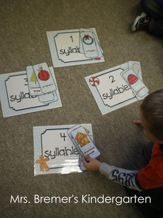 Syllable sorting with the Gingerbread Man! A month of Christmas math and literacy centers perfect for Kindergarten and First Grade!
