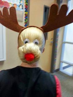 Reindeer Bun - New Site Office Christmas, Winter Christmas, Christmas Holidays, Christmas Decorations, Christmas Ornaments, Merry Christmas, Pink Christmas Tree, Christmas Projects, Christmas Humor