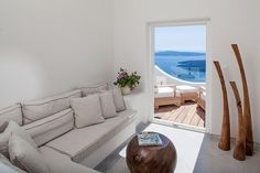 GREECE CHANNEL | Native Eco Villa : Imerovigli : Santorini Villas - Greece Villas