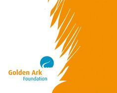 Golden Ark Foundation. LOGO EN HUISSTIJL Het doel van de Golden Ark Foundation is het stimuleren van het behoud van soorten wilde dieren en planten. In de vormgeving is gekozen voor een grafische weergave van dierenhuiden en verenpracht. Dit naast het logo, dat het midden houdt tussen de staart van een reptiel en een vikingschip. Ontwerp Koen Lichtenberg.