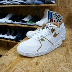 check out 030b5 1693a Discount Nike Sneakers   Phoenix Managed Networks