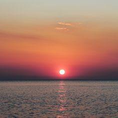 Thank you @paul_gilmore. #sunsetlovers #visithalkidiki #posidi
