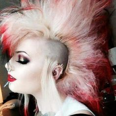 Uploaded by Lucia Stefanikova. Find images and videos about punk, Piercings and punk rock on We Heart It - the app to get lost in what you love. Punk Rock Fashion, Skinhead, Emo Goth, Piercings, Rock Style, Hair And Nails, Short Hair Styles, Halloween Face Makeup, Female Hairstyles