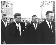JFK with agents.