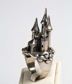 http://sosuperawesome.com/post/154398888590/jewellery-enchanted-on-etsy-browse-more-curated